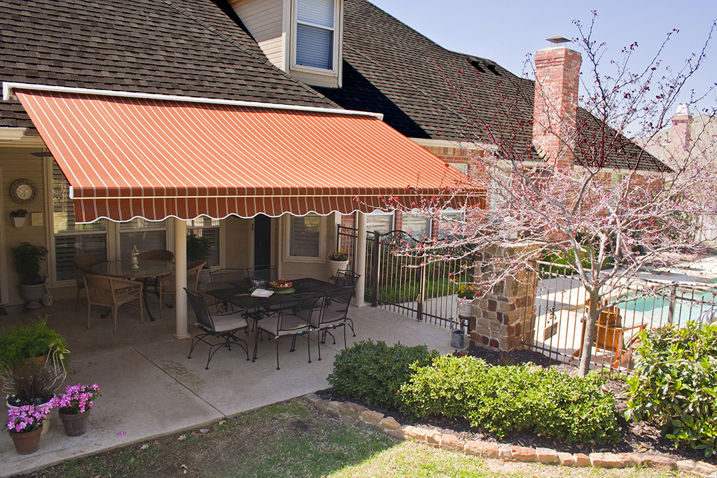 Retractable Awnings Loves Park IL