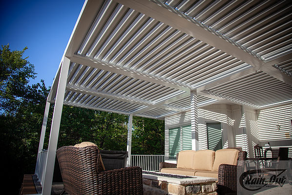 Kobyco Pergola Louvered Roofs, Retractable Awnings, Sundance Louvered Roofs, Rain-Out, Kobyco Sundance Louvered Roofs, Louvered Roofs, Retractable Louvered Roofs from Kobyco Replacement Windows and Doors Rockford IL and Beloit WI